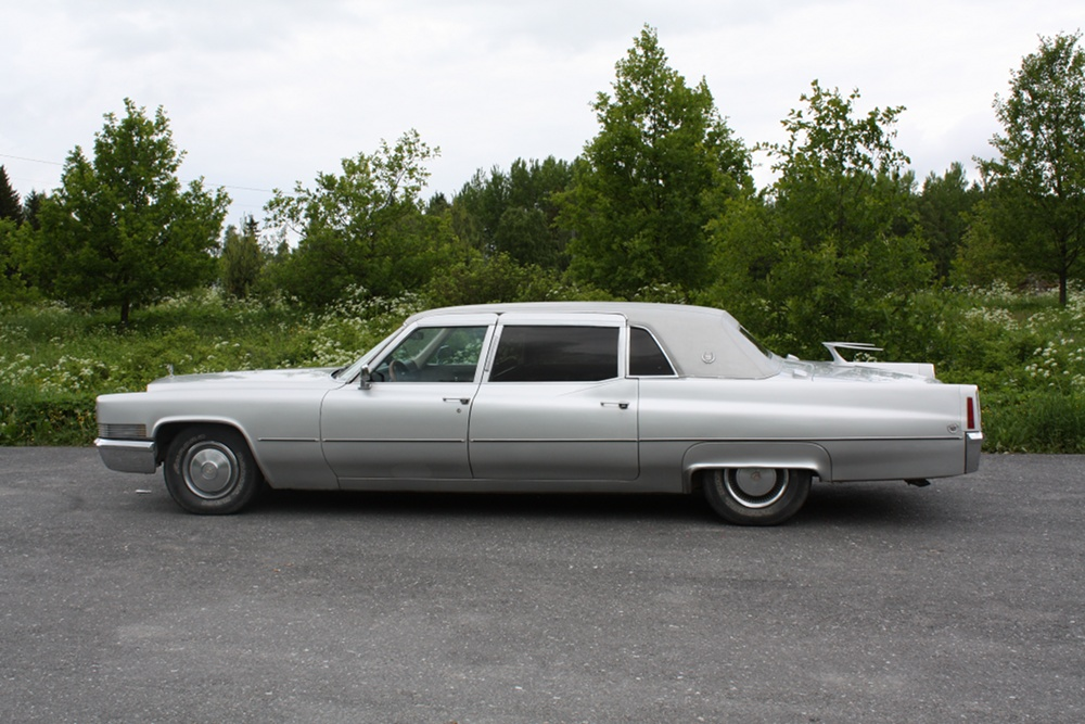 1970 Cadillac Fleetwood 75 Limousine pictures