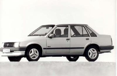 ... : Anonymous user. Send us more 1982 Opel Corsa 1.2 Saloon pictures