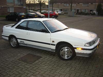 Mazda 626, 1989, presentation.