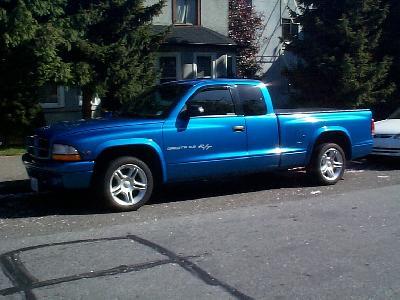 Send us more 1999 Dodge Dakota RT pictures.