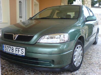 Trumcongfetes 2000 Vauxhall Astra Coupe