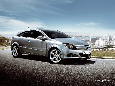 Picture credit: Opel. Send us more 2005 Opel Astra GTC 1.3 CDTi pictures.