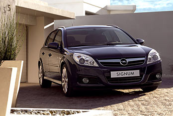Opel Signum 2006 by 3D model store Humster3D.com - YouTube