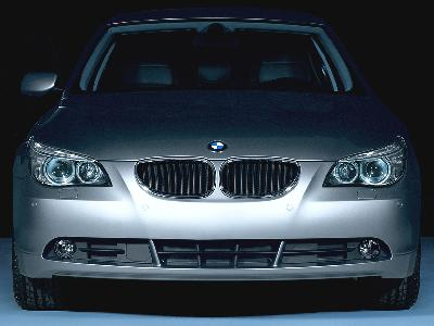 Send us more 2006 BMW 523i Steptronic pictures.