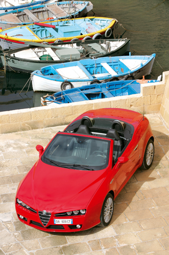 ... : Alfa Romeo. Send us more 2007 Alfa Romeo Spider 2.4 JTDM pictures