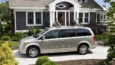 chrysler town country touring 2008 pictures specs. Black Bedroom Furniture Sets. Home Design Ideas