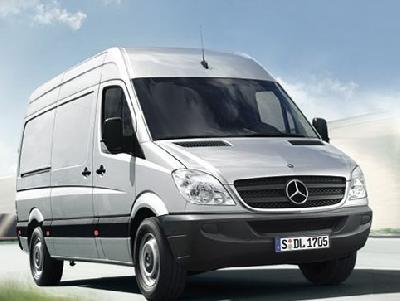 Mercedes benz sprinter cargo van 2500 2010 pictures specs for 2010 mercedes benz 2500