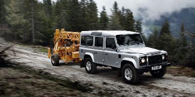 Land Rover Defender 130 Crew Cab 2010 Pictures Specs
