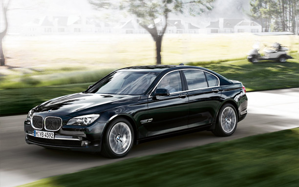 2010 BMW 745i Picture