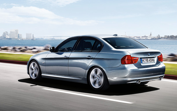 2011 Bmw 320i Pictures
