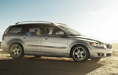 Picture credit: Volvo. Send us more 2011 Volvo V50 D4 pictures.